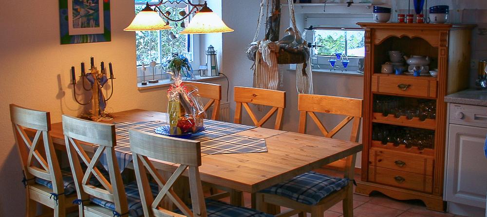 Ferienhaus nordseeperle ihr exklusiver urlaub an der nordsee for Esszimmertisch naturholz